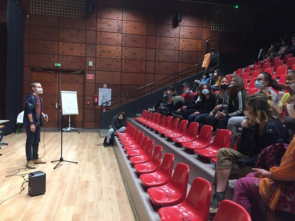 Atelier d'écriture poésie slam, initiation et scène ouverte au public collège